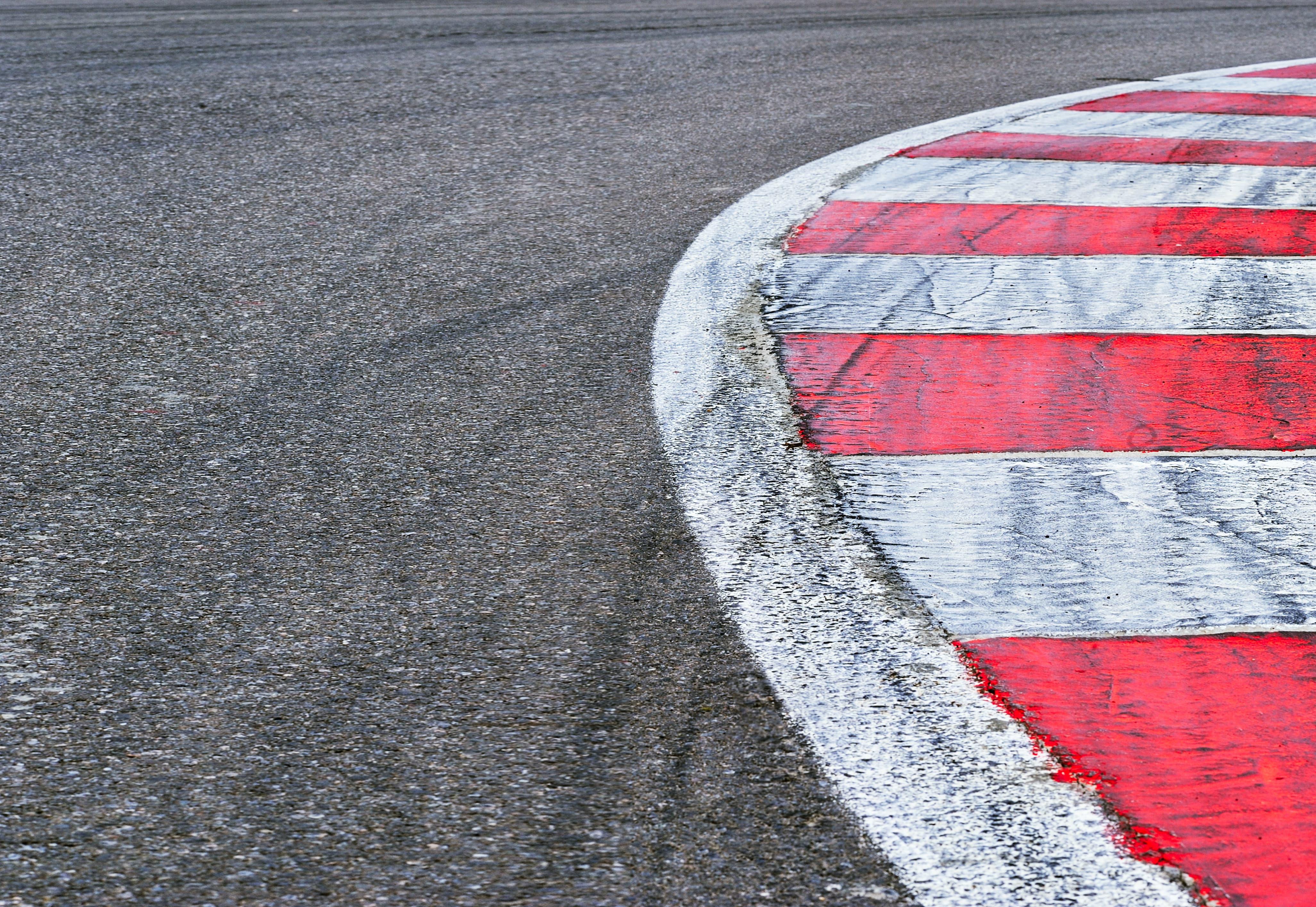 GrandSport Speedway Curbing